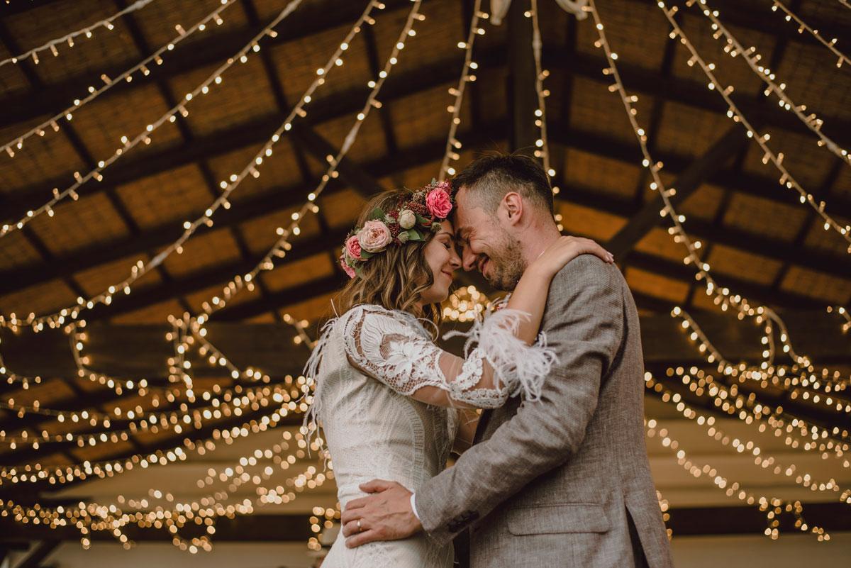 Luces para bodas: 5 ideas para iluminar el gran día