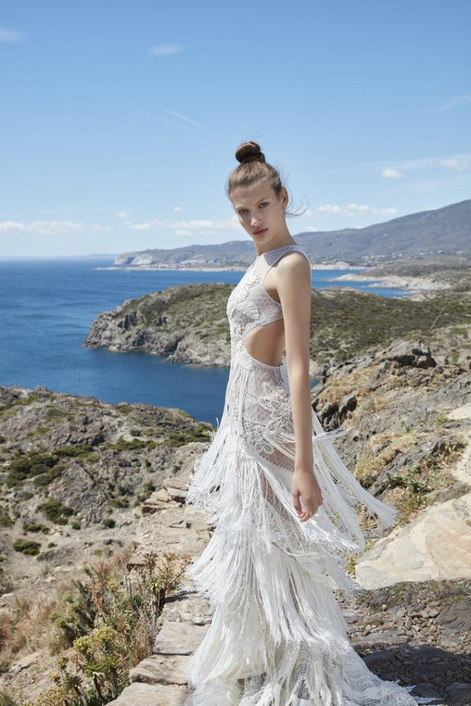 5 tendencias en vestidos de novia 2021 - Flecos